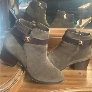 Coach ankle high Booties